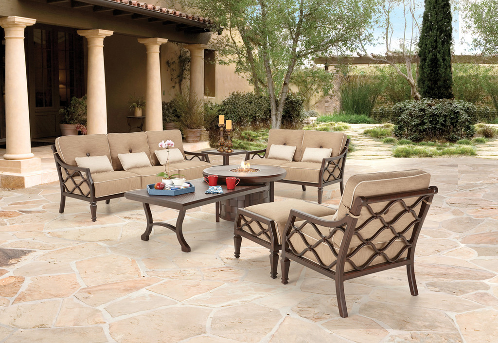 Outdoor_Furniture-Pacific_Patio_Furniture-Castelle-Villa_Bianca-img1.jpg