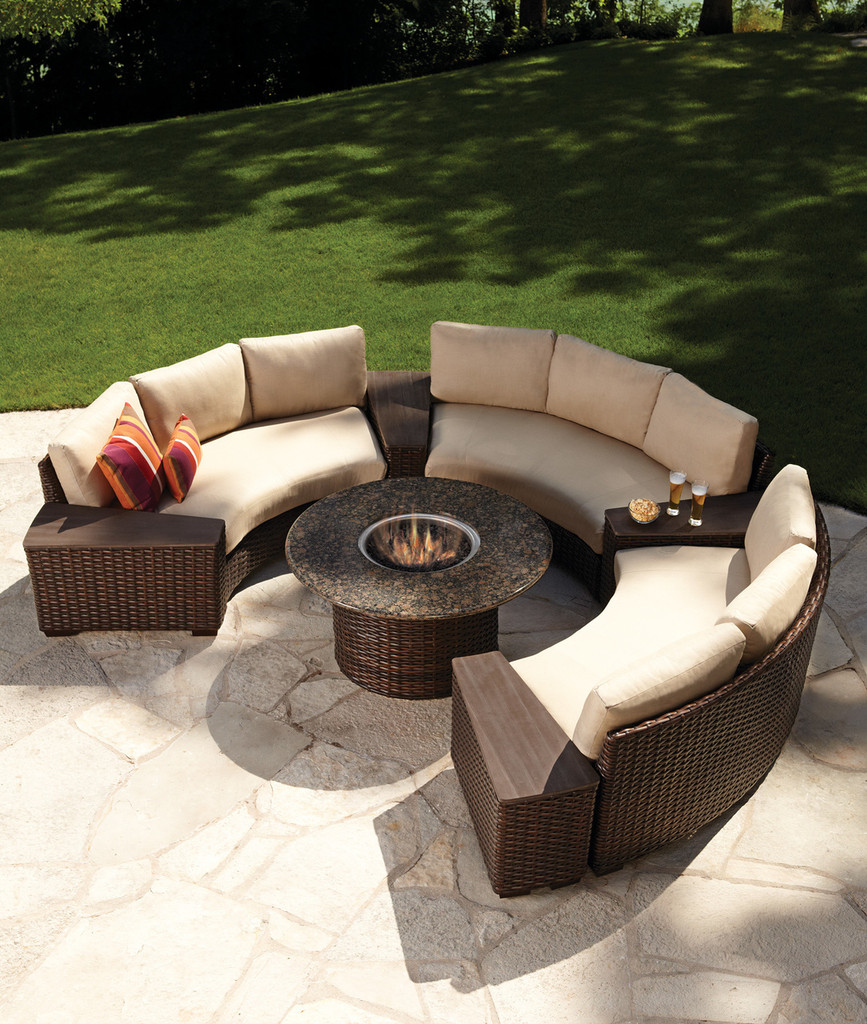 Lloyd_Flanders_Contempo_wedge_table-Contempo_Lloyd_Flanders-Outdoor_curved_sofa-Lloyd_Flanders-Contempo_Storage_Wedge_Table-img2.jpg