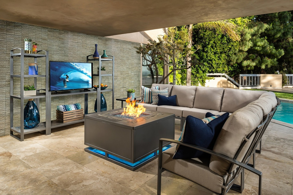 Outdoor_Furniture-Pacific_Patio_Furniture-Ow-Lee-pacifica_outdoor_entertainment_console_center_stand.img2.jpg