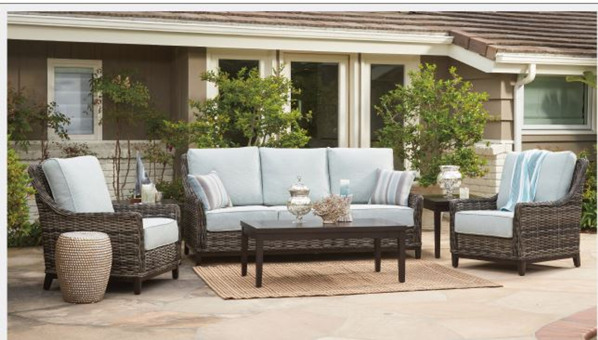 Picture of: Catalina High Back Lounge Chair By Patio Renaissance