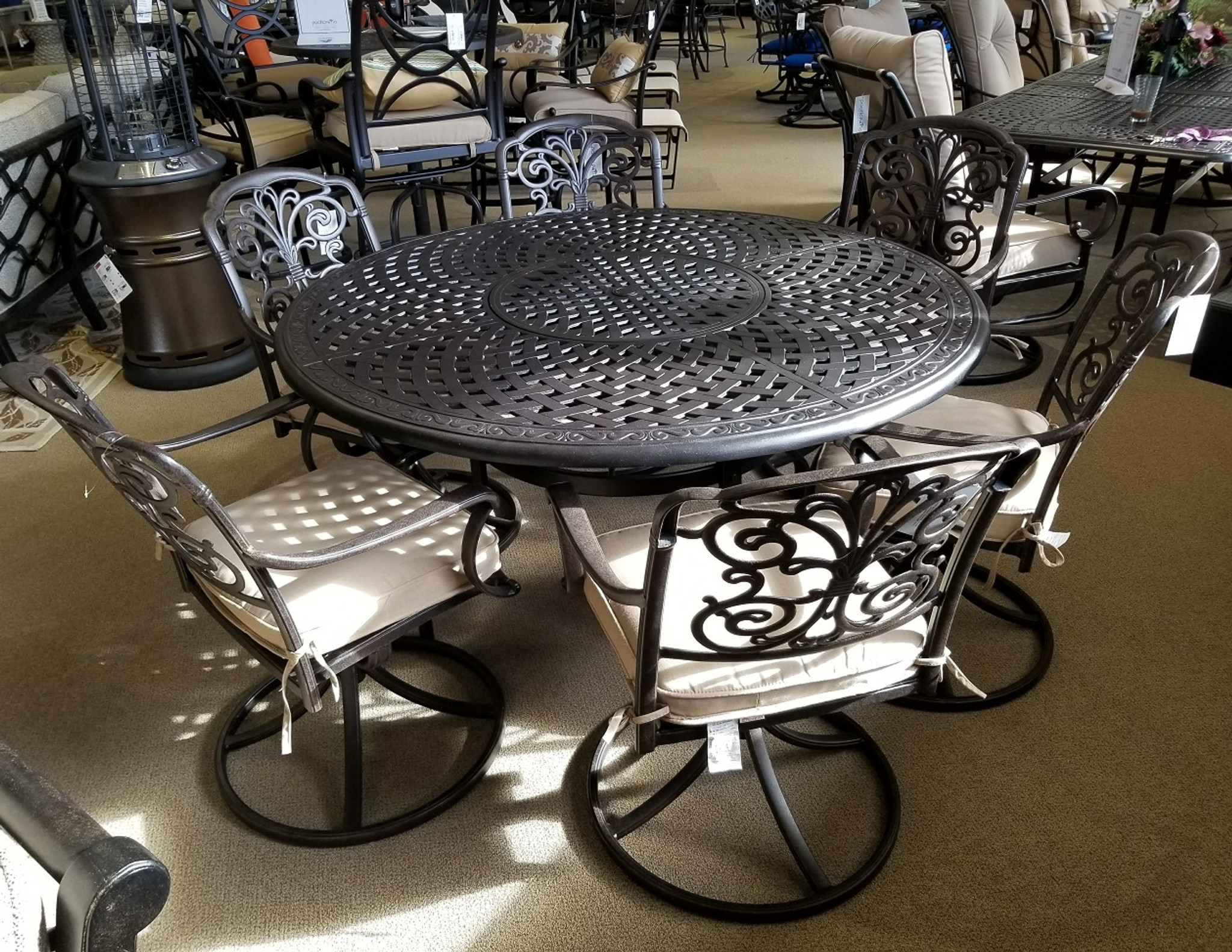 Waverly 60in Round Aluminum Dining Table With Inlaid Lazy