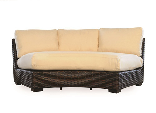 Outdoor_Furniture-Pacific_Patio_Furniture-Lloyd_Flanders-Contempo_Sectional_Curved_Sofa-img1.jpg