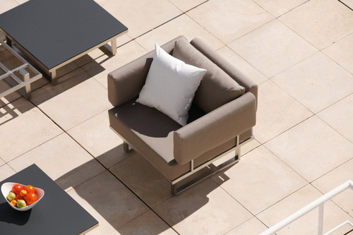 Outdoor_Furniture-Pacific_Patio_Furniture-Barlow_Tyrie-Los_Angeles-Mercury_Seating-img41.jpg