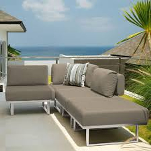 Outdoor_Furniture-Pacific_Patio_Furniture-Barlow_Tyrie-Los_Angeles-Mercury_Seating-img51.jpg