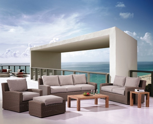 Outdoor_grey_wicker_patio_furniture-img.jpg
