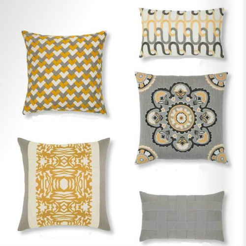 Elaine_Smith_Outdoor_Pillows-img.jpg