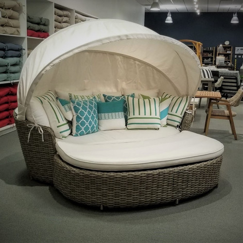 Monterey_Siesta_Daybed_Patio_Renaissance-Patio_Renaissance-Patio_Renaissance_Daybed-Wicker_Daybed-Rattan_Daybed-img.jpg