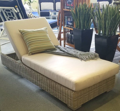 outdoor_wicker_chaise_lounge_chair-gray_wicker_chaise_lounge_chair-wicker_chaise-wicker_furniture_los_angeles-patio_furniture_los_angeles-grey_wicker_patio_furniture-img.jpg