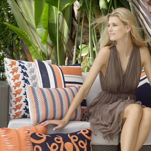 Pacific_Patio_Furniture-Elaine_Smith_Outdoor_Pillows-orange-img.jpg