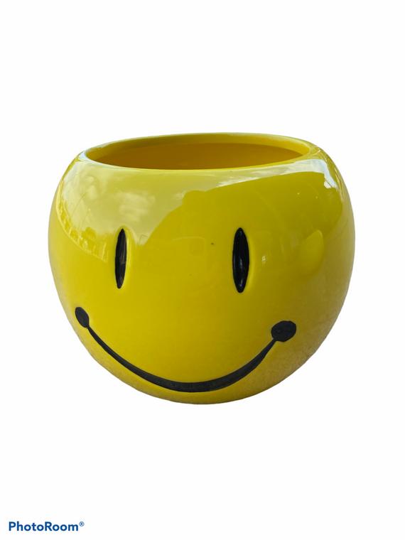 """Smiley Pot - 4"""" Ceramic Pot"""
