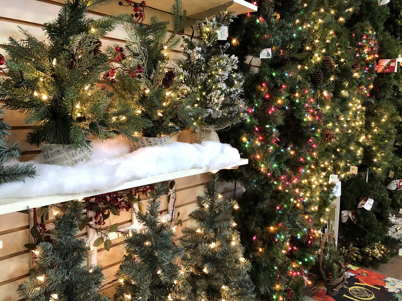 christmas-gift-shop.jpg