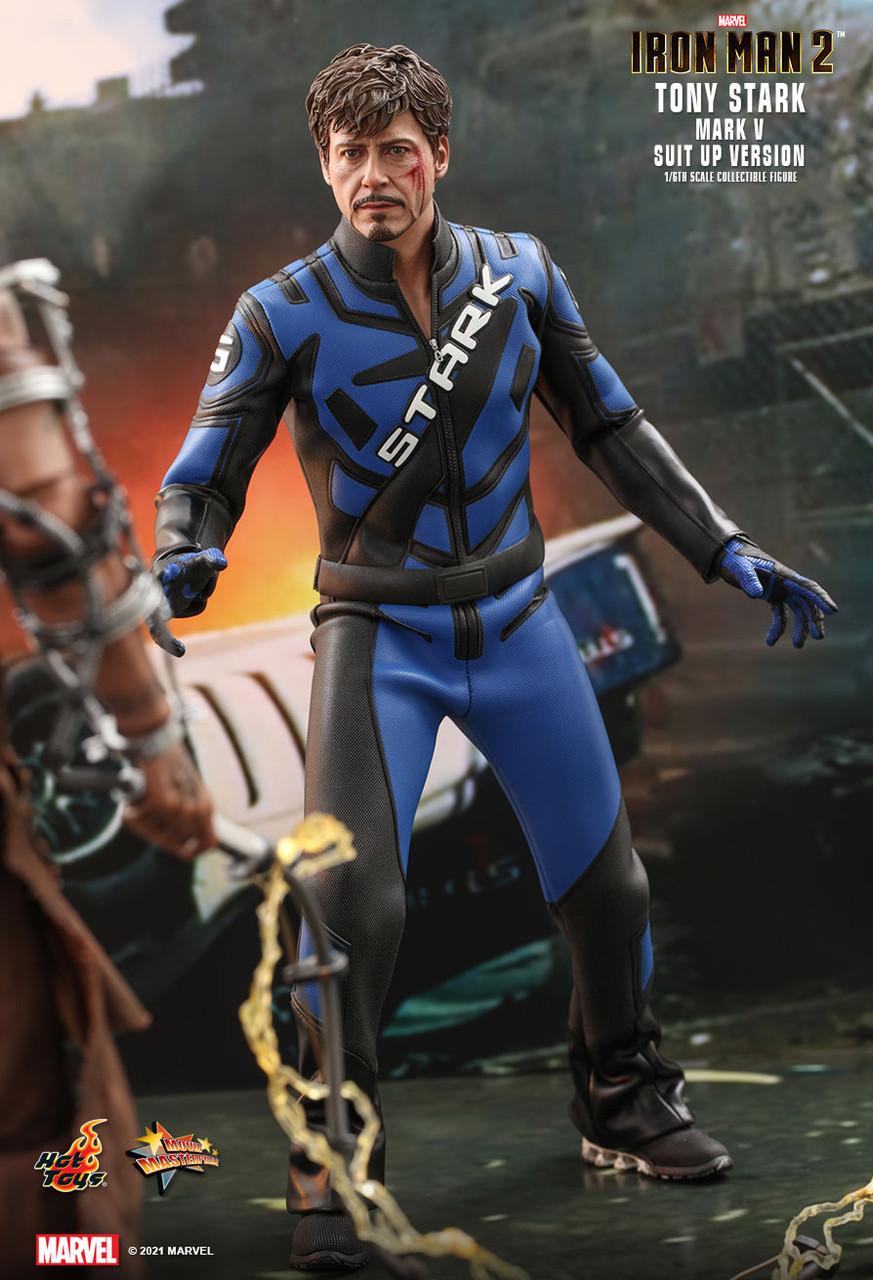 MMS599 Tony Stark Suit-Up 1