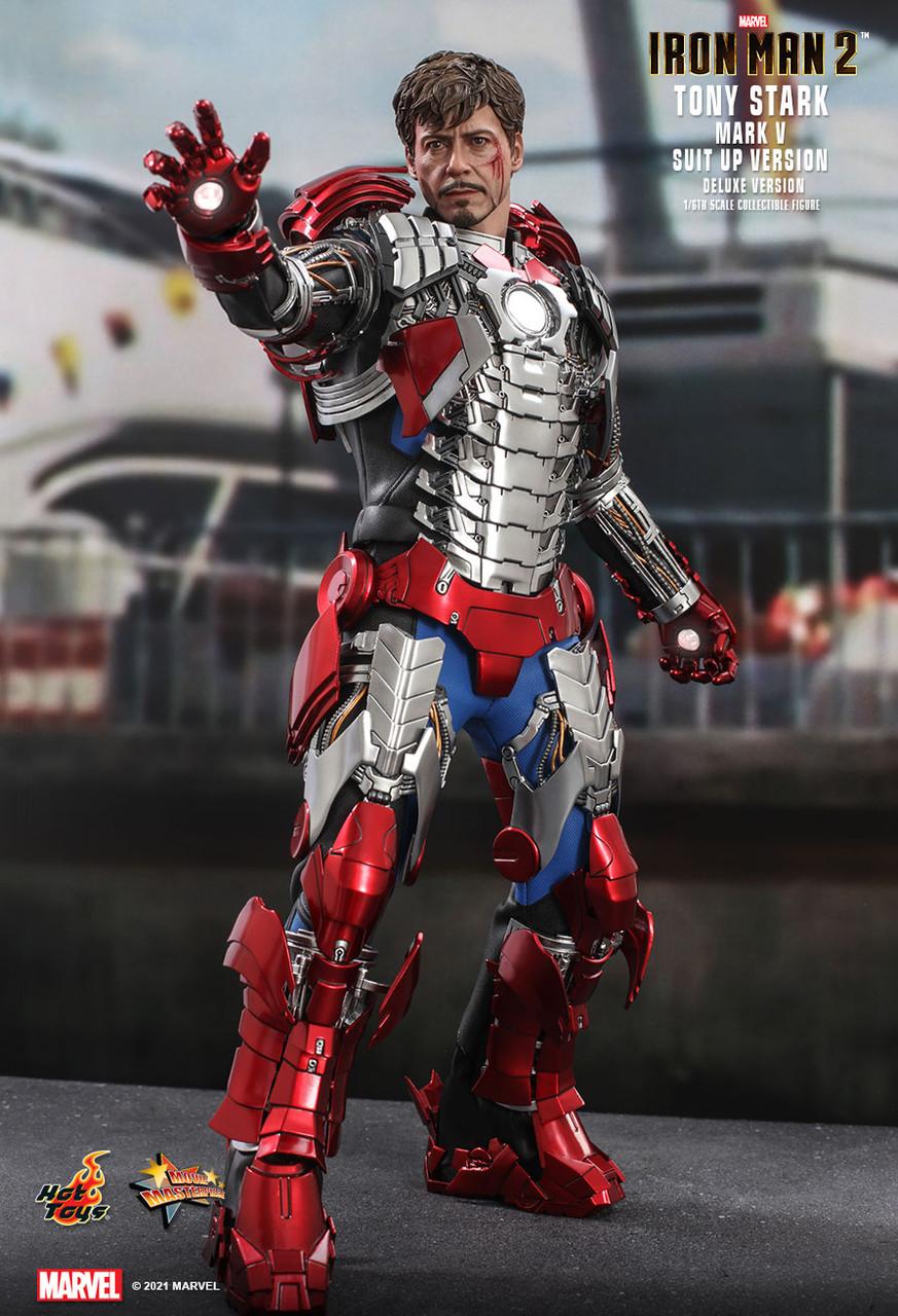 MMS600 Tony Stark Suit-Up Deluxe 1