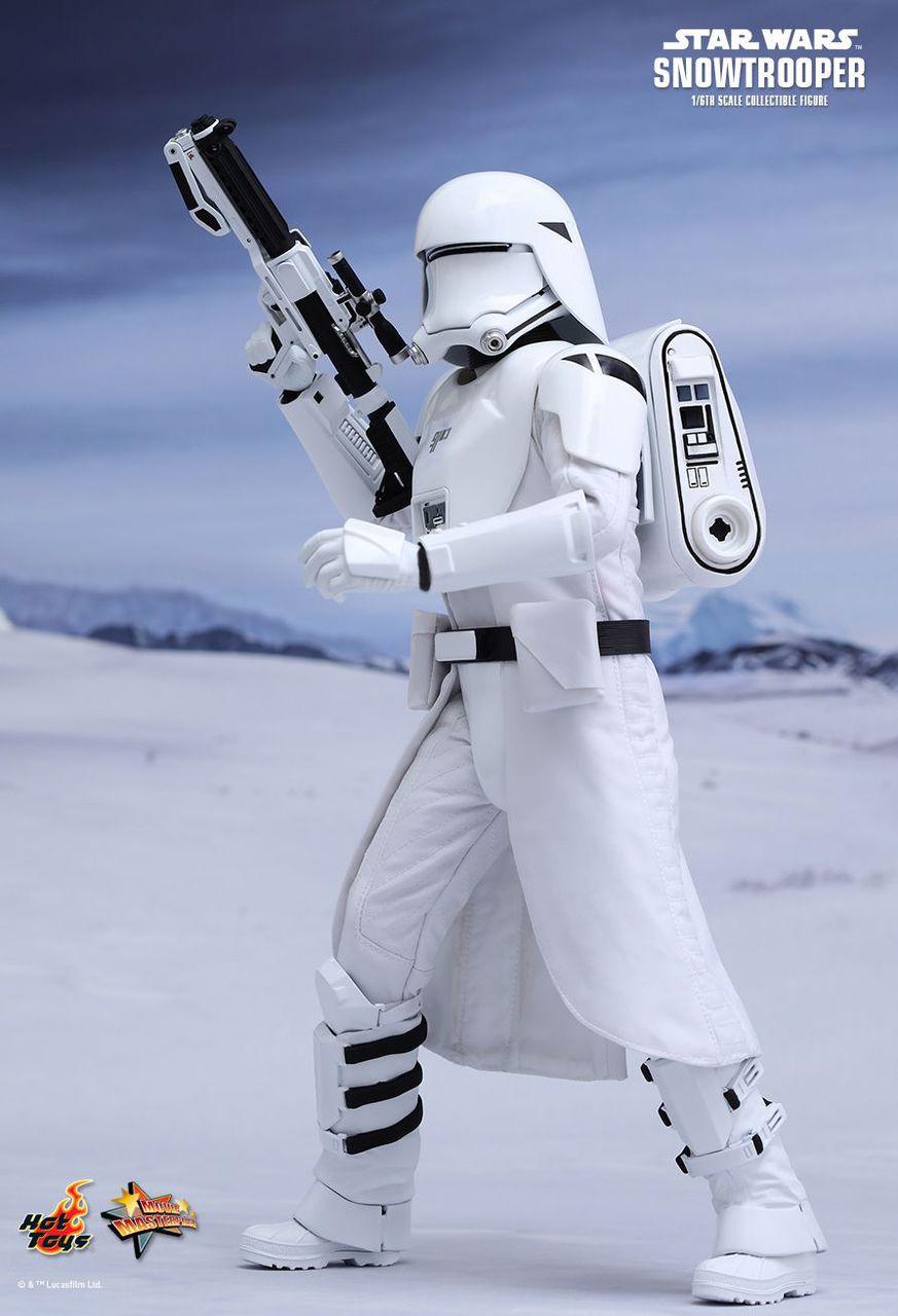 MMS321 Star Wars First Order Snowtrooper 1