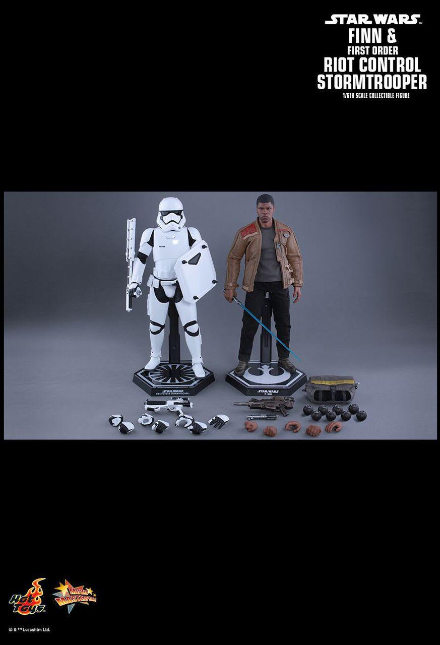 MMS346 Star Wars Finn & Riot Stormtrooper 4