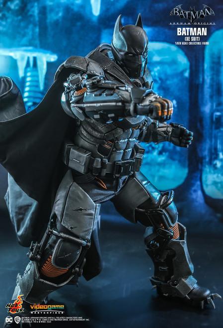 VGM52 Batman (XE Suit) 2
