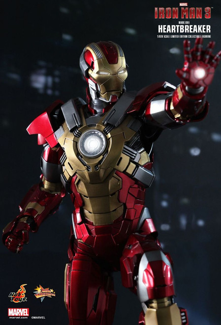 MMS212 Iron Man Heartbreaker 2