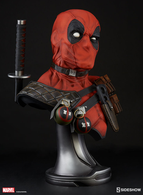 400292 Marvel Dead Pool 2