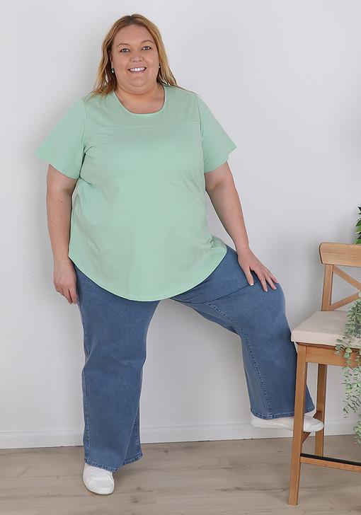 Plus size blue vintage wide leg jeans