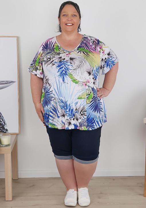 Plus Size Pull On Dark Blue Denim Folded Cuff Shorts