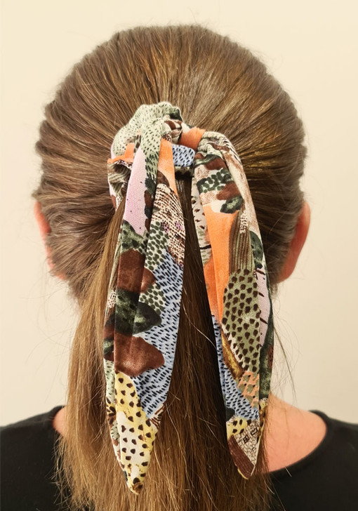 Abstract Print Scrunchie With Tail
