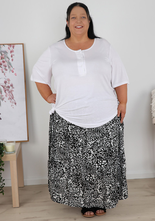 Plus Size Black And White Single Tier Skirt