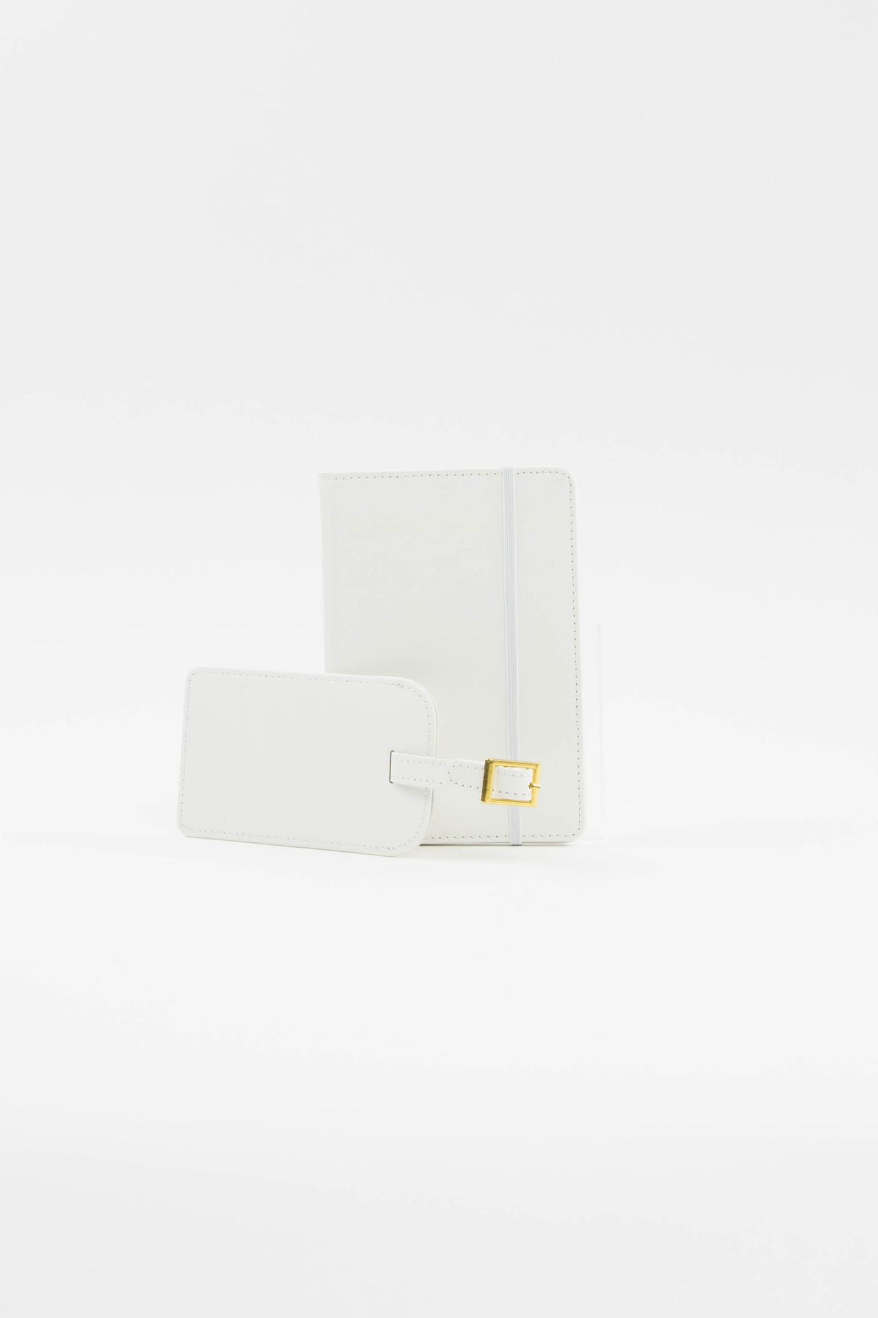White Luggage Tag + Passport Holder