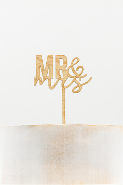 Wooden Cake Topper - Mr & Mrs