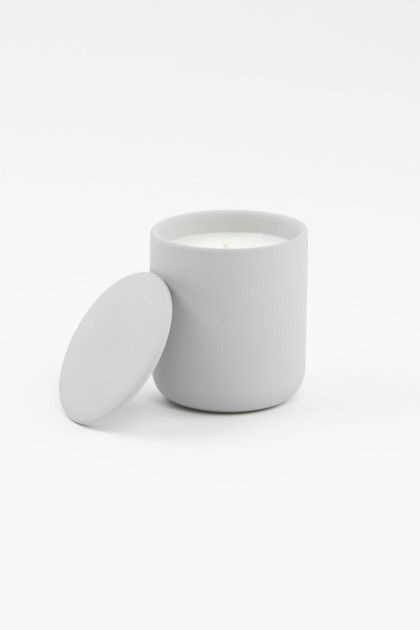 Light Gray 10oz Ceramic Soy Candle With Lid