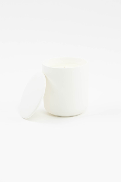 White 10oz Ceramic Soy Candle With Lid