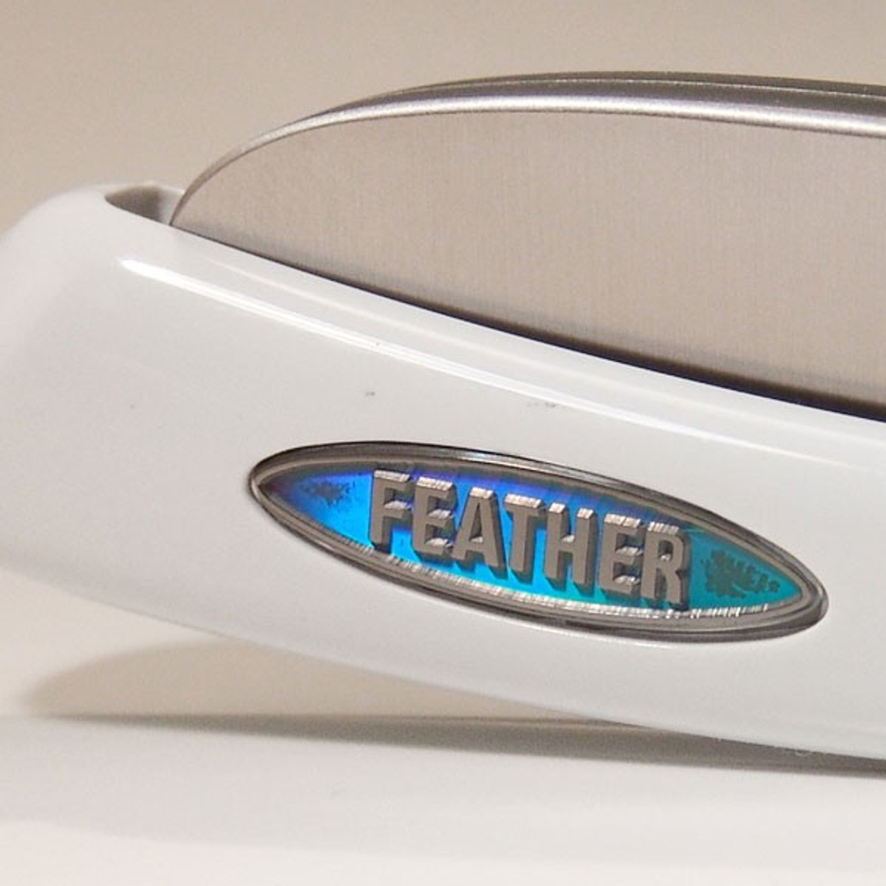 Genuine Feather - High quality, Japanese tools