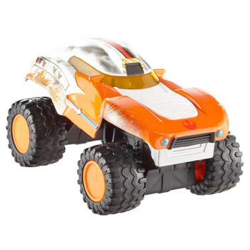 Luke Skywalker All Terrain Hot Wheels Diecast Vehicle with Working Suspension 1:43 Scale