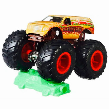 All Beefed Up Giant Wheels Monster Trucks with Connect & Crash Car