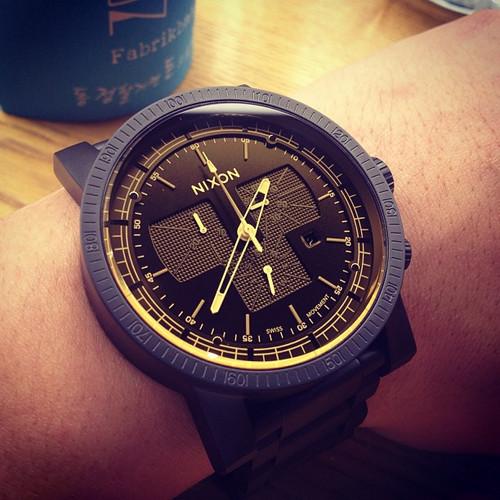 Nixon Magnacon SS Black Sniper Edition (A4571354) wrist