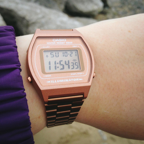 5dc11c3c7a97 ... Casio Vintage Digital Rose Gold (B640WC-5AVT) ...