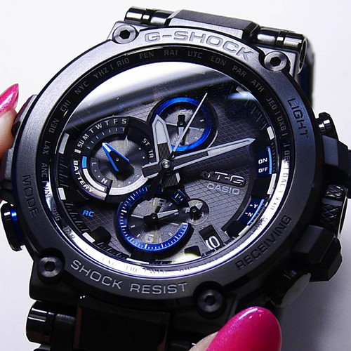 G-Shock MTG-B1000 Connected Solar Black Blue (MTGB1000BD-1A)
