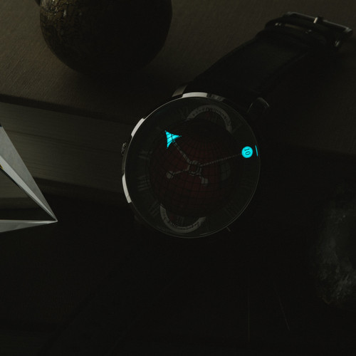 Xeric Atlasphere GMT Red Limited Edition (ASQ-1183-03L) lume