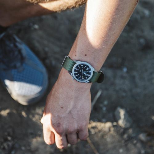 Boldr Venture Jungle Green (BD-VEN-JG) titanium field watch  wrist