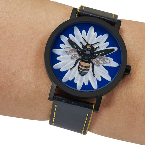 Projects Reason To Bee (PJT-8410B-GL)  wrist