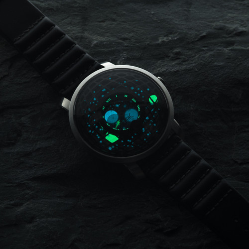 Xeric Trappist-1 Moonphase Silver Black (TMP-3023) lume glow stars
