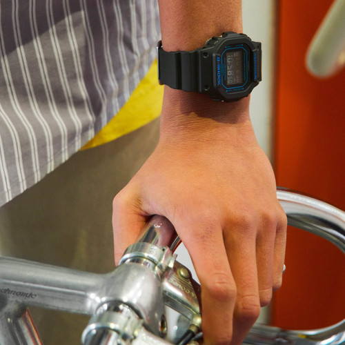 G-Shock DW5600 Mirror Digital Black Blue (DW5600BBM-1)
