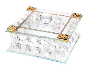 Crystal Jewelry Box 18KT Gold PLT. Made Of 100% Swarovski Crystal