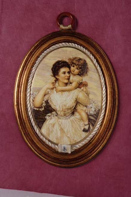 Porcelain Mother and Child Large (A) Min.12 pcs wedding party favors sale