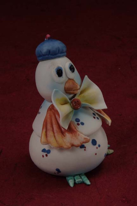 Porcelain Baby Penguin Trinket Box Min.12 pcs wedding party favors clearance