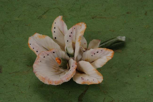 Porcelain Flower wedding party favors clearance