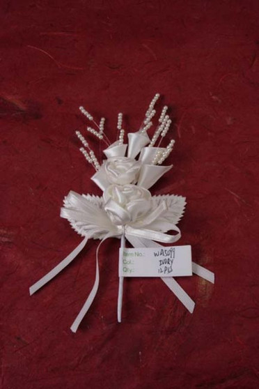 Organza flower Bouquet w, Streaming Pearls Ivory 12 pc Bag