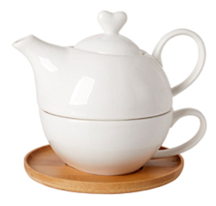 Teapot & Teacup Heart Shaped Lid White On Bamboo Tray