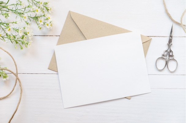 Add a personal touch to your gift with a hand writing greeting card with you massage.