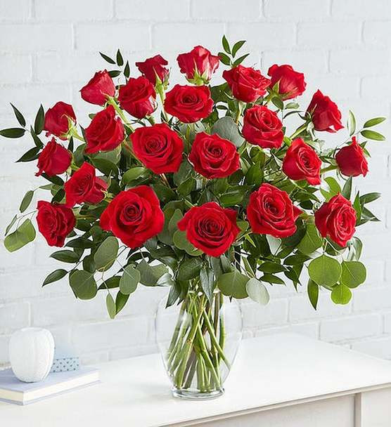 She might be into you now, but she'll totally fall for you when you give her these. Just like her, our long-stem red roses are romantic, flirtatious, and strikingly attractive.