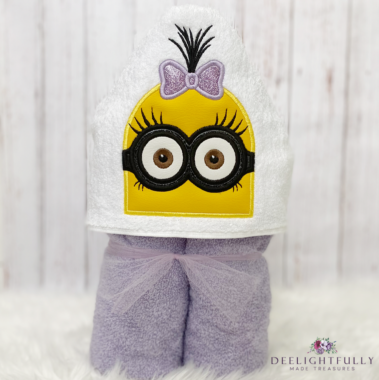 Personalized Kids Hooded Towel, Kids Towel with Hood, Pool Towel Personalized, Hooded Towel for Toddler, Birthday Gifts for Girls